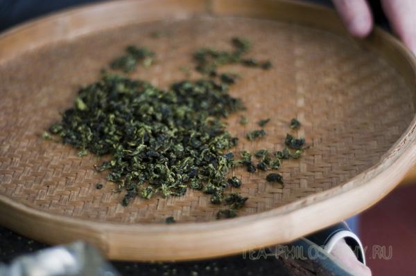 Готовый чай Те Гуань Инь - он выглядит именно так!